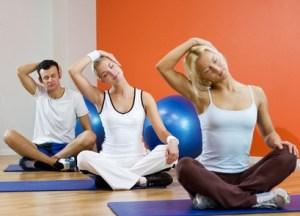 Finden Sie Ihren Yoga Stil: AcroYoga, Nidra,  therapeutisches Yoga , oder Aquatic