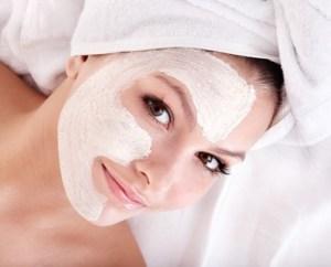 Masken mit Kräuter für eine schöne Haut