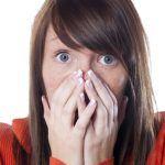 Mundgeruch: Ursachen und natürliche Heilmittel