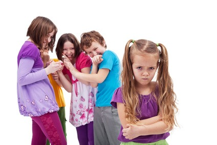 Intolerante und schlecht gelaunte Kinder