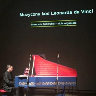 Sławomir Zubrzycki (http://www.violaorganista.com/)