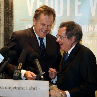 Miroslav Gašparović, ravnatelj Muzeja za umjetnost i obrt; ; Gian Maria Gros-Pietro, predsjednik Intese Sanpaolo