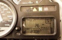 BMW R1200GS fuel gauge showing a range of 26 miles with a tank distance of 270 miles