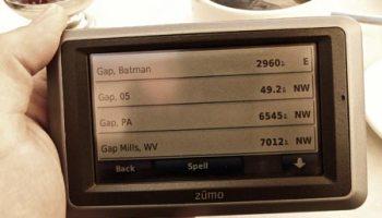 Screen shot of Garmin Zūmo 660 pointing to Gap, Batman