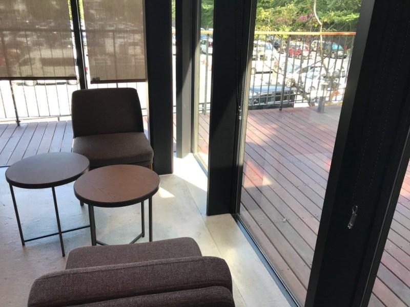 スターバックスコーヒー浜松城公園店、内装