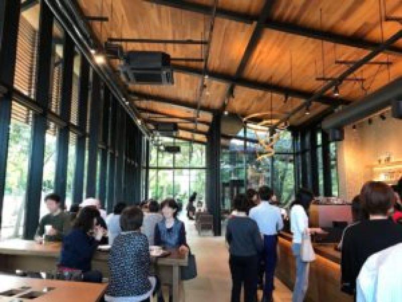 スターバックスコーヒー浜松城公園店、店内