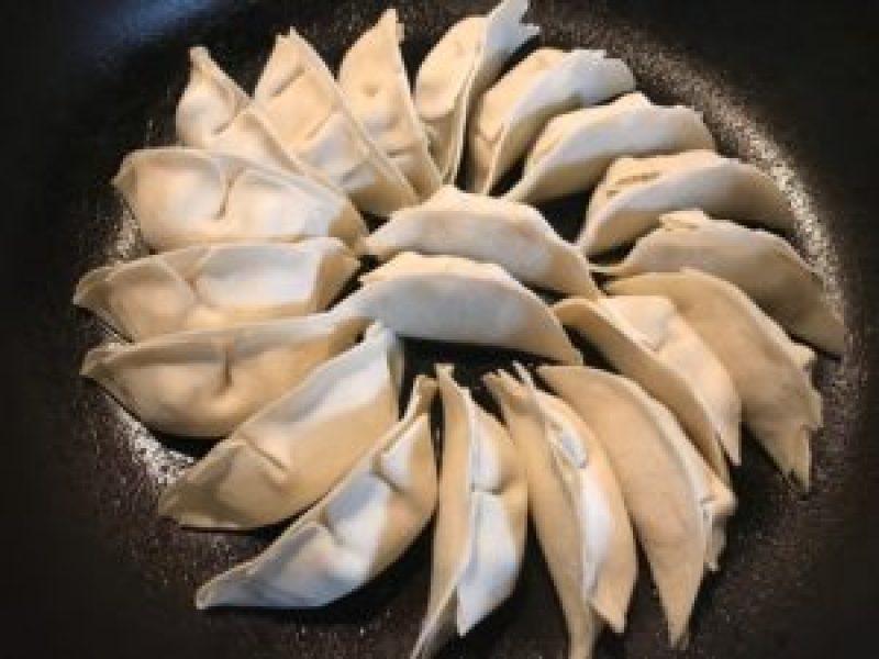 まっちゃん浜松餃子、作り方