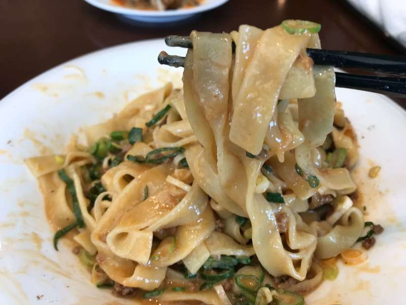 中華料理旬華咲兆の汁無し坦々麺