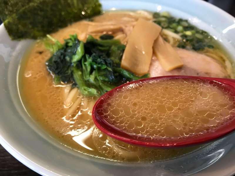 とんこつらぁめん壱縁のスープ