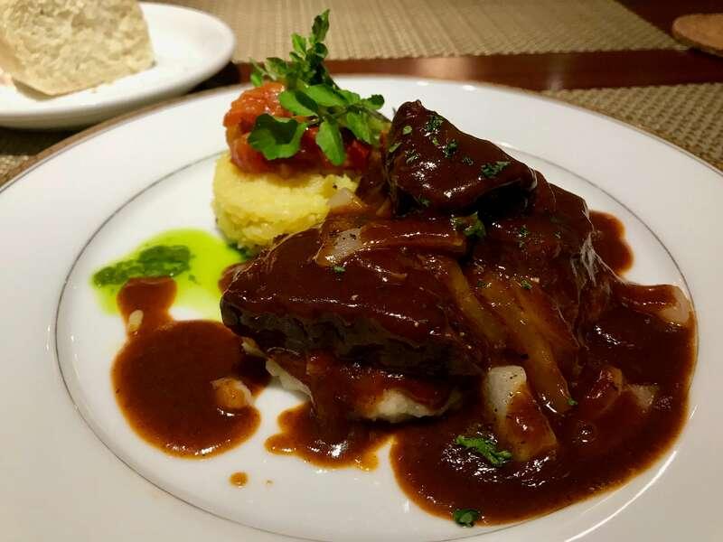 PAUSE CAFE(ポーズカフェ)の牛ほほ肉の赤ワイン仕込み