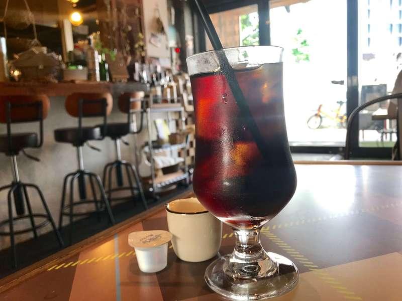 PUBLIC CAFE BAR PARK/ING(パーキング)のコーヒー