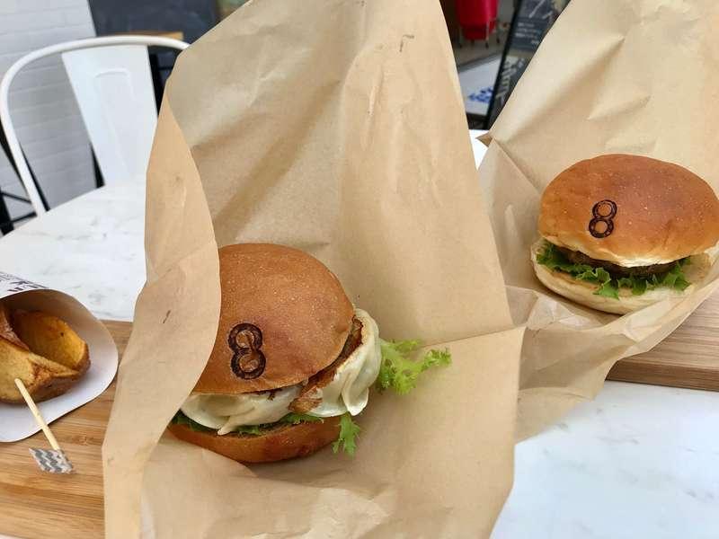 浜松バーガースタンドのハンバーガー