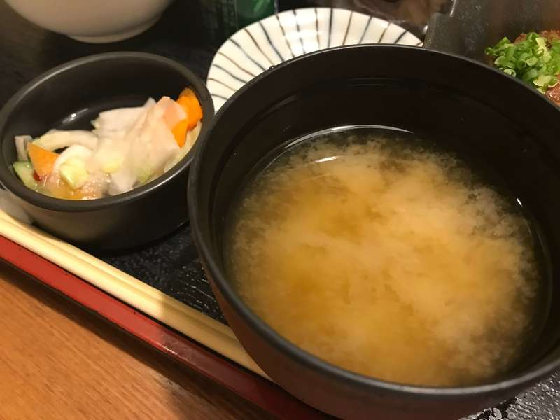 八丁堀エキマチ店の味噌汁