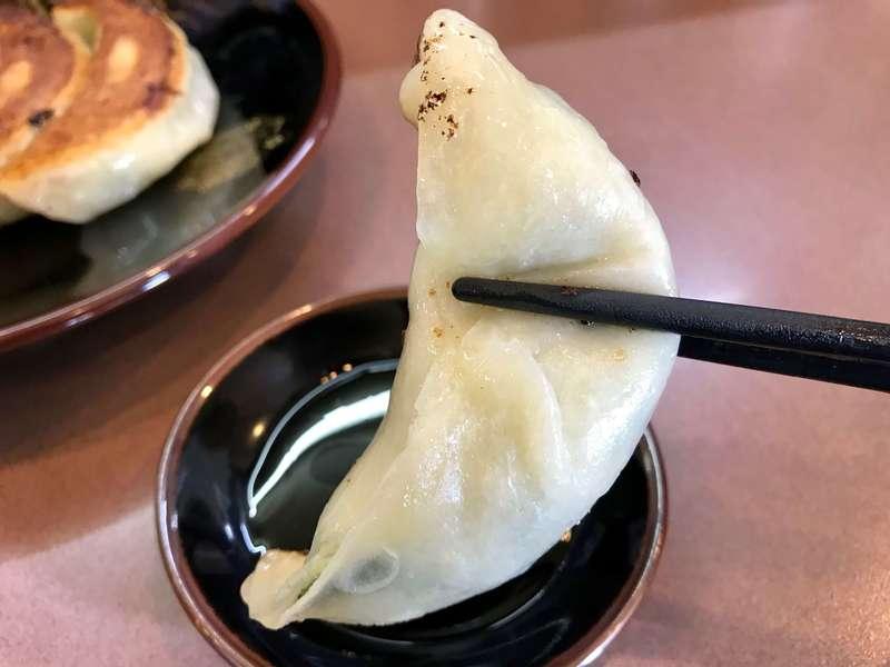 荻窪ラーメン十八番の餃子の皮