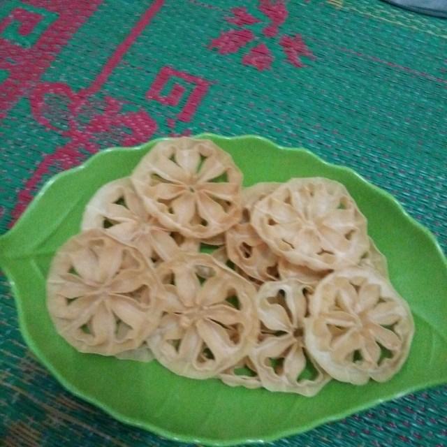 Kue Kembang Loyang