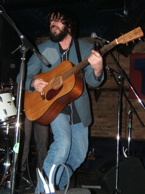Rodney DeCroo playing live