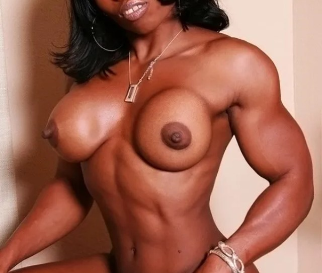 Enter Naked Muscle Girls Now