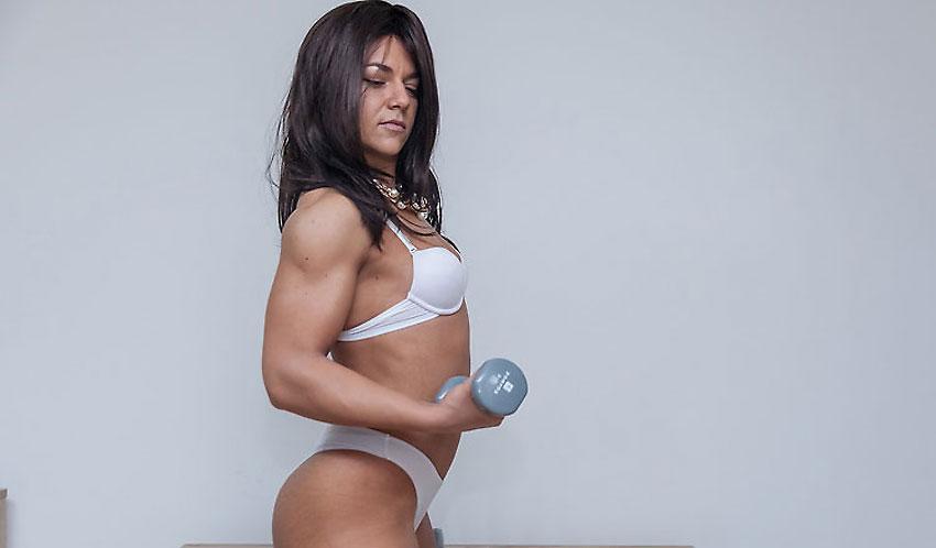 muscular camgirl amateur ninasquirtz