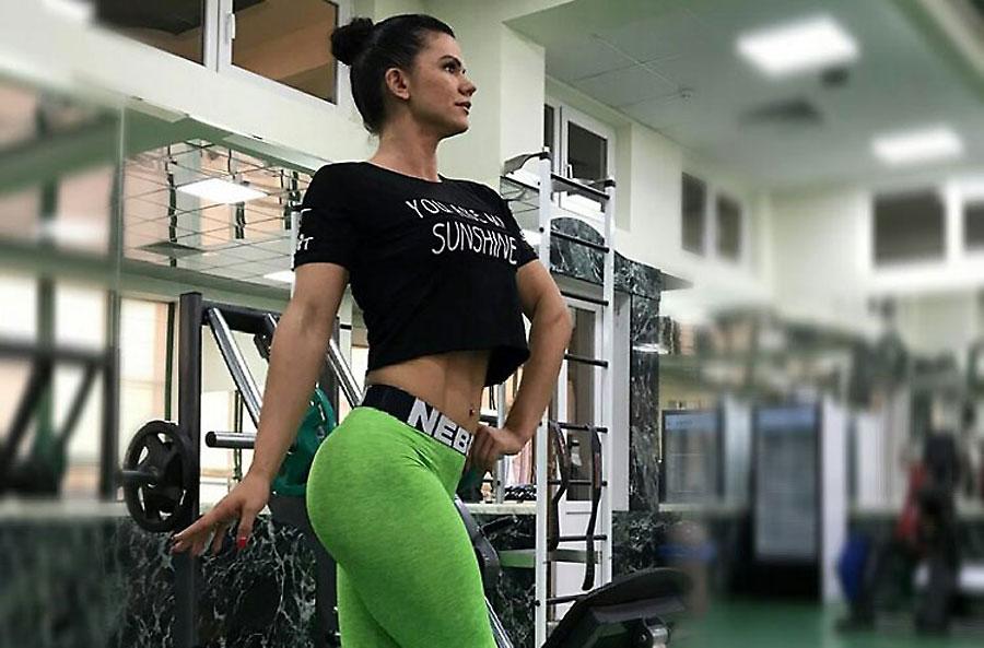 hardbody gym addict musclewoman703