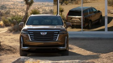 2021 Cadillac Escalade Onyx Package Will Deliver Stealthy ...