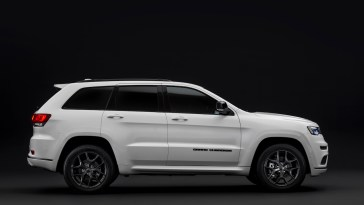 Research 2021                   Jeep Cherokee pictures, prices and reviews