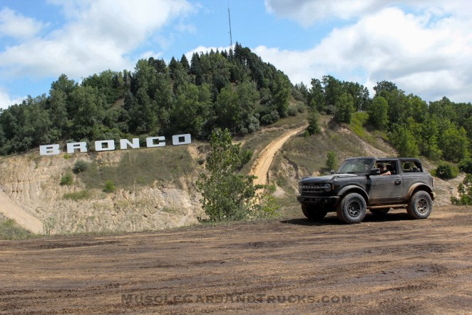 2021 Ford Bronco 2-Door Outer Banks Sasquatch Review Firs Ridealong