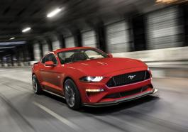 Ford Mustang Performance Pack 2