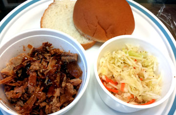 Pulled Pork n Fixins