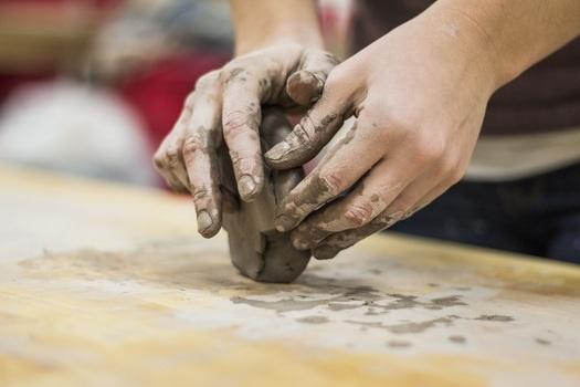 Atelier terre pour adultes – 26 octobre