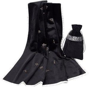 01-Mantel y bolsita para tarot - Negro