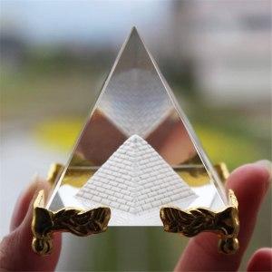 03-Pirámide Energía Cristal Soporte 6cm