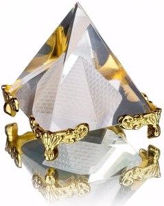 02-Pirámide Cristal Soporte 8cm