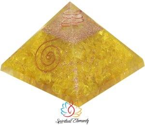 02-Pirámide Orgonita Amarilla