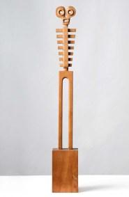 Astarté | 1985 Talla sobre madera de cedro 65 x 9 x 6.5 cm