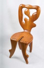 Condesa | 1997 Talla sobre madera de sabino 88 x 45 x 45 cm