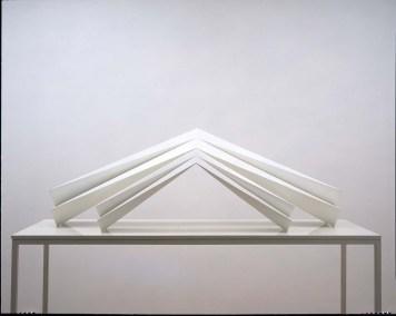 Otoño 2001 Acero pintado 54 x 174 x 57 cm