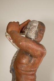 """""""No dos"""" : 2000 - 2002 : talla en madera de ahuehuete : 230 x 110 x 90 cm Detalle"""