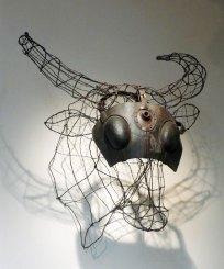 Luigi Varoli Testa di bue, rete metallica, filo di ferro e maschera in cuoio