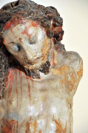 Cristo crocifisso in legno dipinto, secoli XVI-XVII