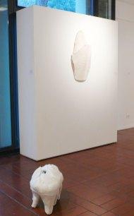 Chiara Lecca – Selvatico – E Bianca – Una parola diversa per dire latte – Cotignola – Museo Civico Luigi Varoli e Casa Magnani – Archeologie. Ossa e conchiglie, fossili e impronte