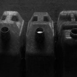 n.100 Carloni Franceschetti HOST, Ostia 35mm, 2019, taniche, petrolio, Stampa Fine Art su carta Ultrasmooth, PDA, cm 30x45