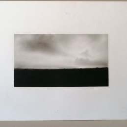 n.111 Luca Piovaccari Paesaggio, 1994 olio e pastello su carta cm 29,5x 20,5 (immagine cm. 16x9)