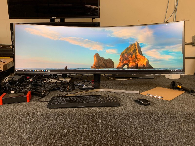Samsung 32:9 5120x1440 Ultrawide QLED LCD tradeshow av rental