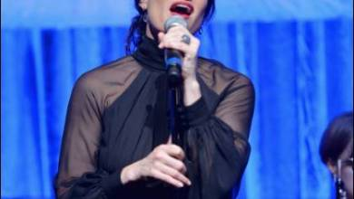 Photo of IDINA MENZEL TO PERFORM ON THE OSCARS®