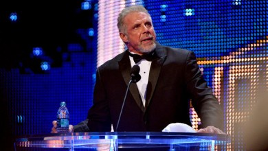 Photo of WWE Hall of Famer Ultimate Warrior Dead at 54