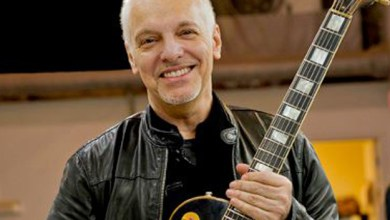 Photo of Rock legend Peter Frampton to headline AxCent Tuning Systems crowdfunding campaign for self-tuning system