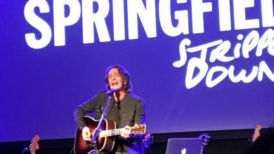 Photo of Rick Springfield rocks out at Epilepsy Awareness Day