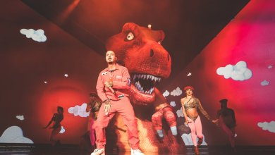 "Photo of J BALVIN VIBRAS TOUR IS PRAISED AS A ""VIBRANT SPECTACLE"" AND ""VISUAL MASTERPIECE"""
