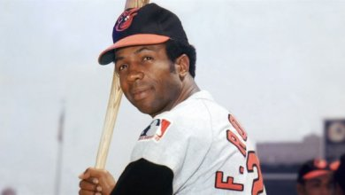 Photo of Baseball Legend and Hall of Famer, Frank Robinson, dies at age 83