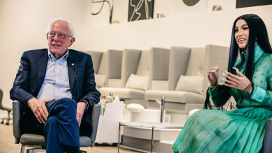 Photo of Bernie Sanders talks current issues with Cardi B